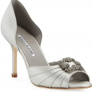 NEW MANOLO BLAHNIK Cassiado Ornamented Satin Pumps